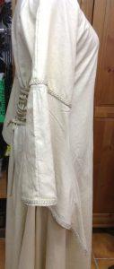 Weißes mittelalterliches Leinen Kleid
